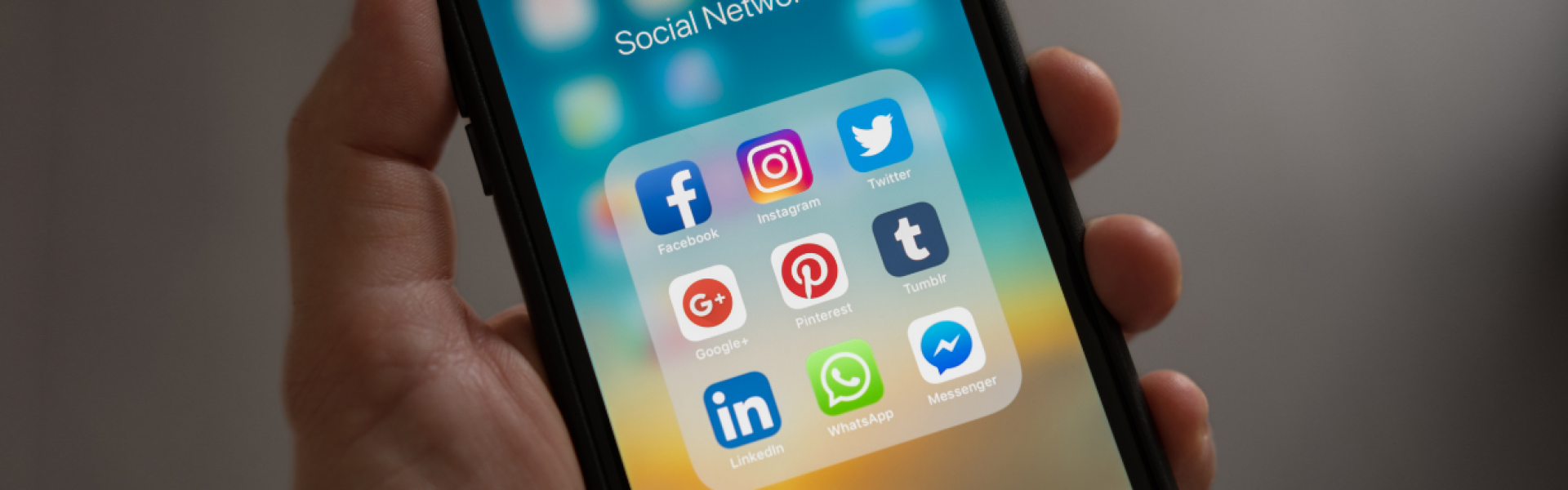 traffic-customers-to-your-website-using-social-media